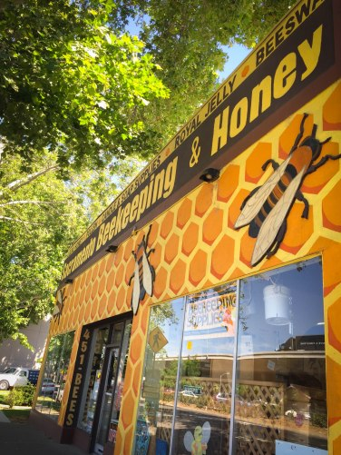 Sacramento Beekeeping Supplies